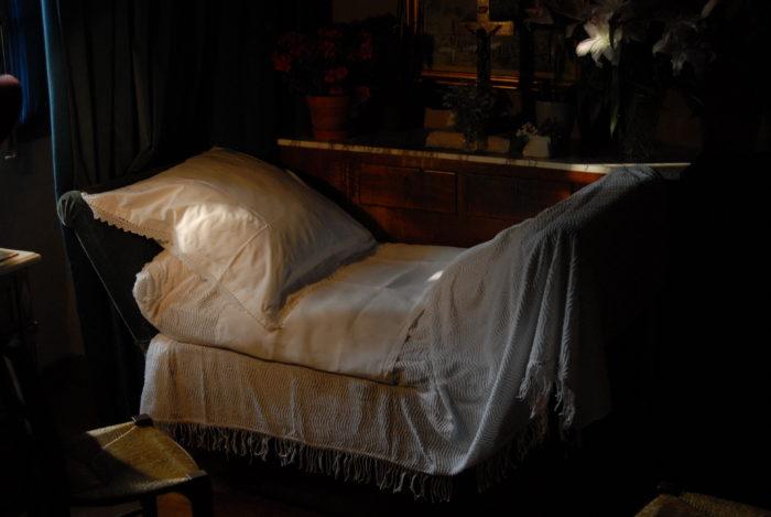 La chambre de Marthe Robin demeure un lieu de recueillement et de prière