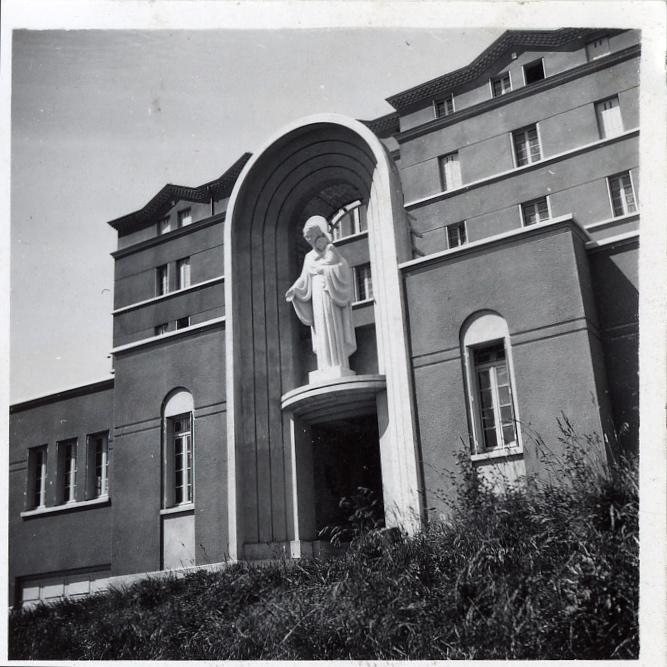 Consécration solennelle du Foyer de Charité à la Sainte Vierge